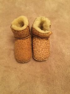 12a1d96e932 Details about Genuine Baby Ugg Boots