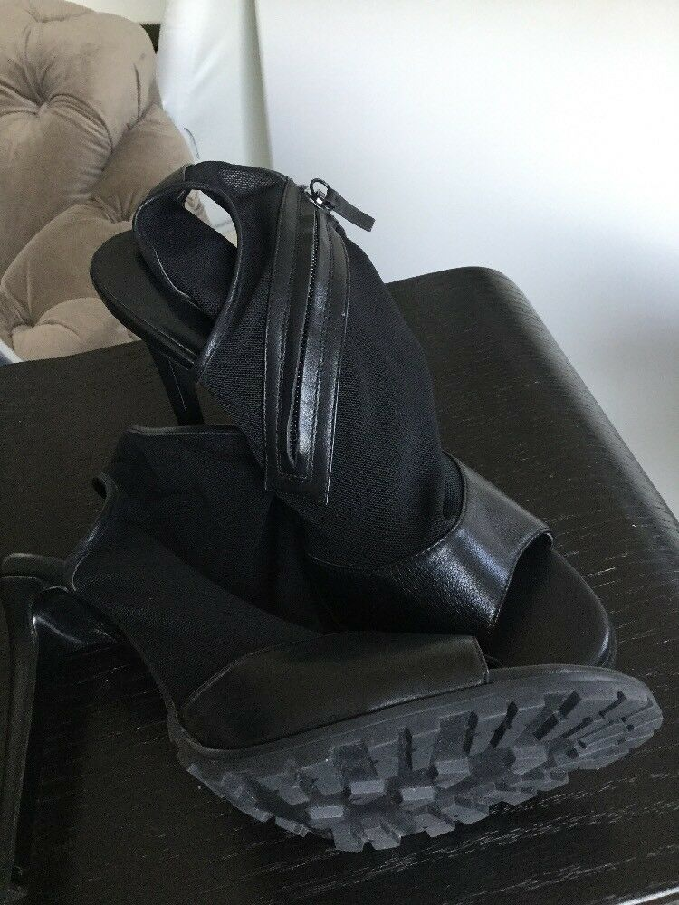 Zara Pelle Nero Pelle Zara e Mesh Sandalo Taglia 39 EU/ ce6c53