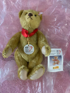 STEIFF-ANNIVERSARY-TEDDY-BEAR-CELEBRATING-100-YEARS-OF-BEARS-BUTTON-IN-EAR