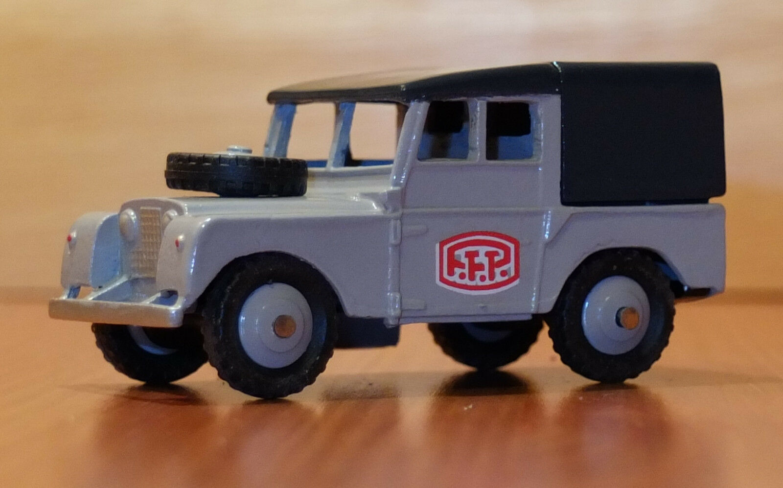 Club Dinky France CDF56 Land Rover PTT Boxed Model CDF 56 2009
