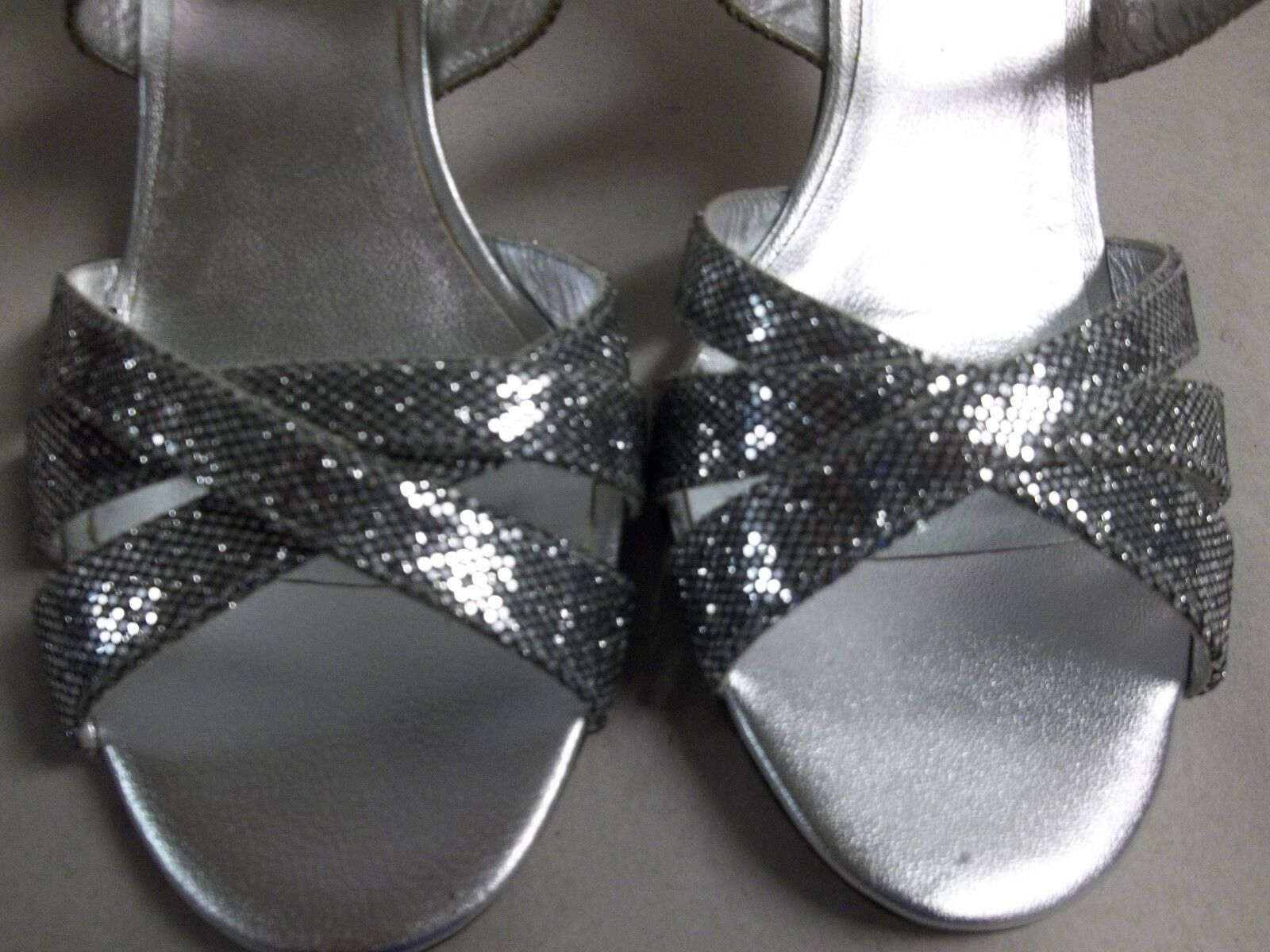 Amalfi by Rangoni Taille Taille Taille 6.5 M Colle argent Glitter Sandals New femmes chaussures caeed6