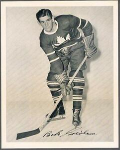 1945-54-Quaker-Oats-Photo-Toronto-Maple-Leafs-19A-Bob-Goldham-sweeping-G
