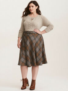 """fb684424e7 Torrid """"Outlander"""" Claire Fraser Plaid Tartan Skirt Kilt ..."""