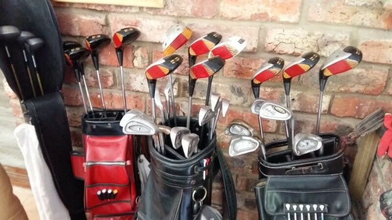 MIXED COLLECTOR GOLF CLUBS AND BAGS