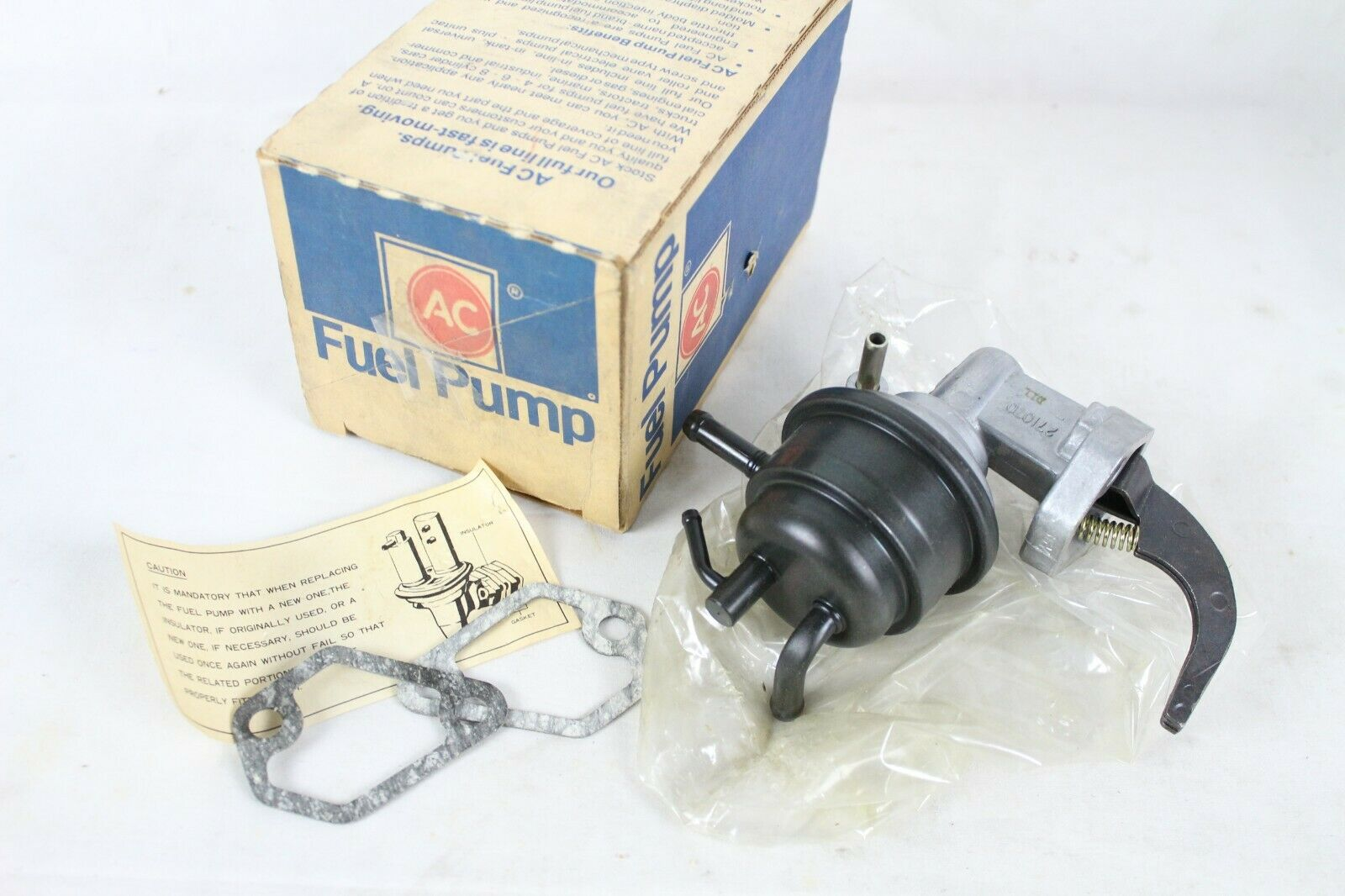 New NIB OEM Delco GM Fuel Pump 271070 Nikki Car Part