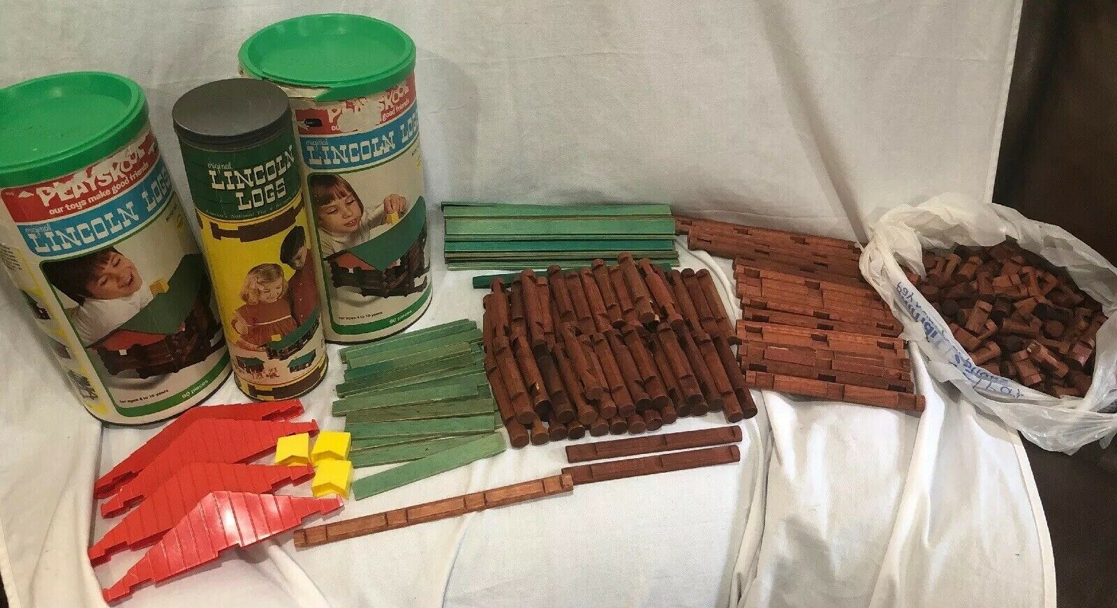 Lot Of 3 Tins PLAYSKOOL LINCOLN LOGS 1977 Vintage Scout Set 1C Extras 334 Total