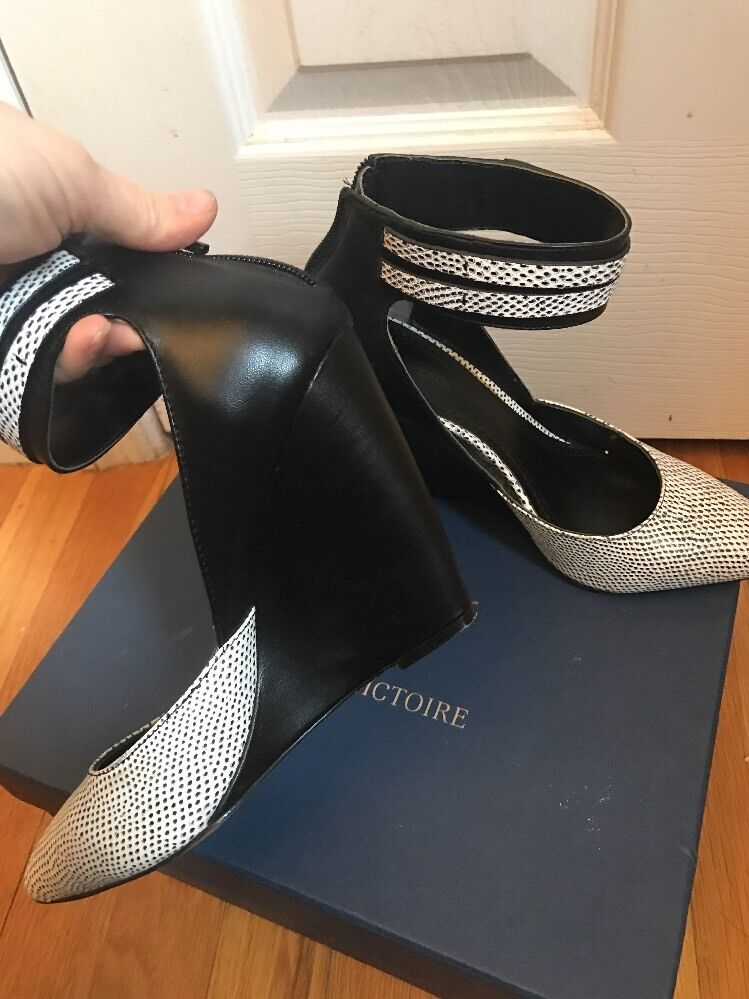 Pour La Victoire Genuine  Toes pelle Ankle wrap Pointy Toes  Wedge  Sz 8 191ab8