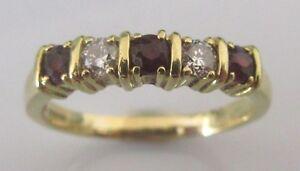 Secondhand-18ct-yellow-gold-garnet-amp-diamond-5-stone-ring-size-R