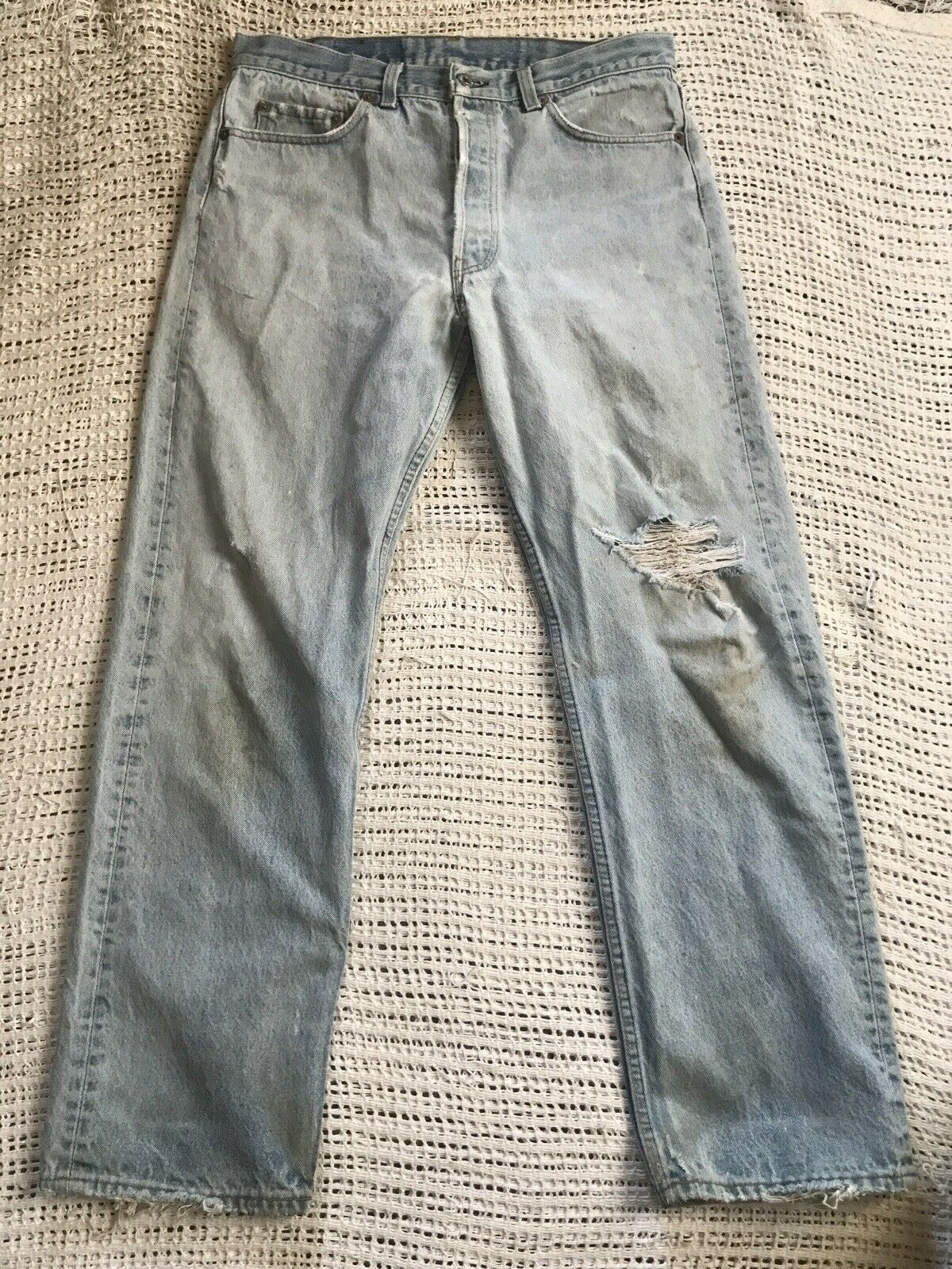 Vintage 90's Levi's 501 33x29 Relaxed Fit Light W… - image 1