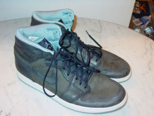 "2009 Nike Air Jordan Retro 1 ""Cerulean"" Obsidian H"