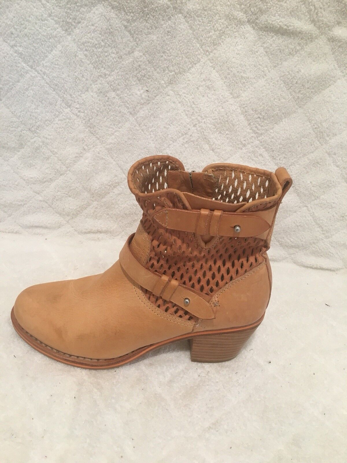 RAG & BONE TAN LETHER ANKLE BOOTS ZIPPER SIDE SIZE 38 HAND MADE SHOES