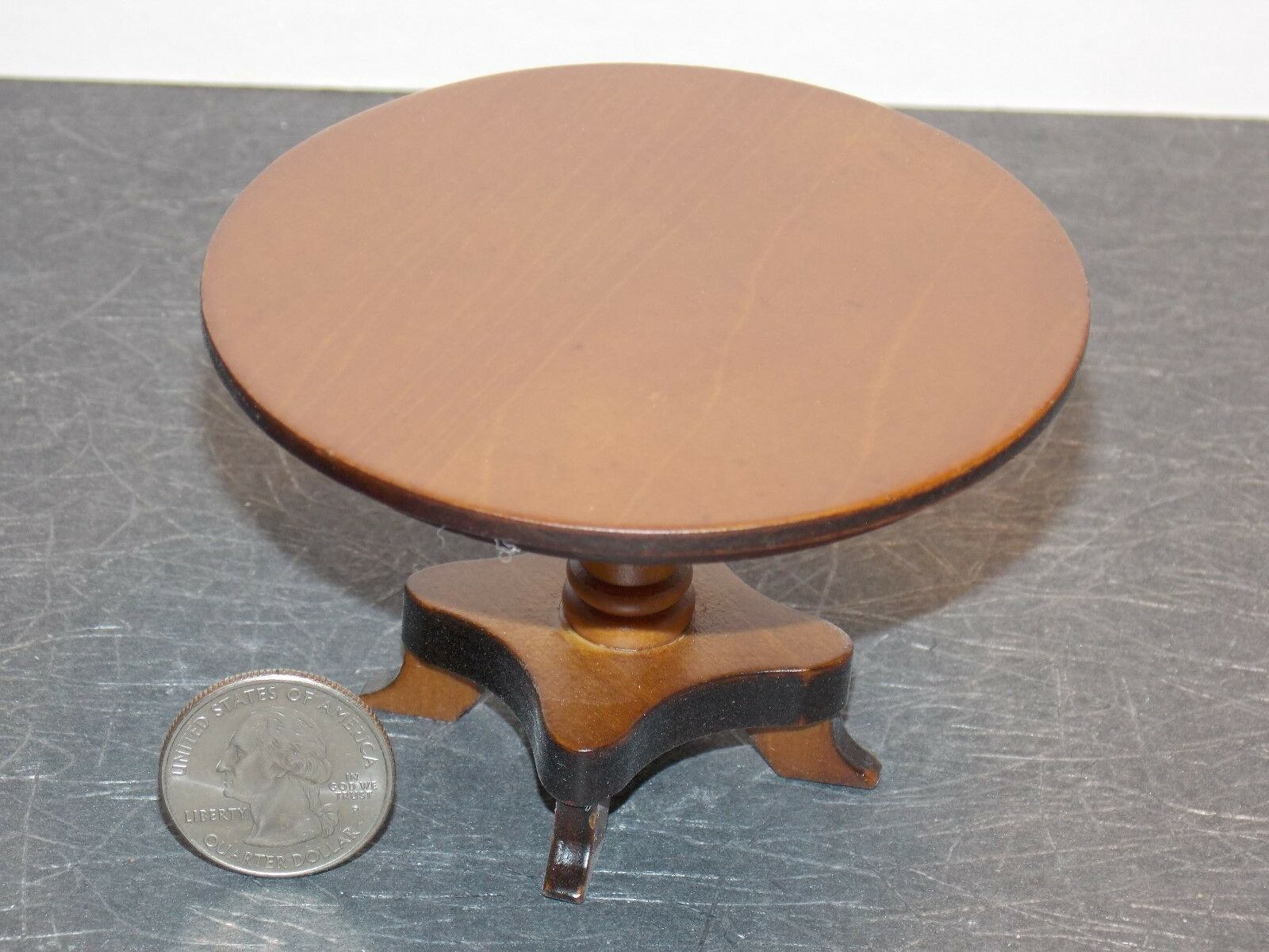 Dollhouse Miniature Round Kitchen Table Walnu 1:12 inch scale F30 Dollys Gallery