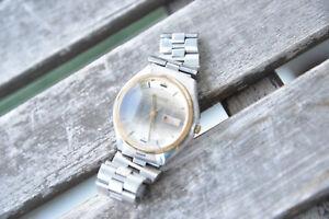 Citizen-Armbanduhr-8200-Vintage-Automatic-mit-Datum-Wellen-Zifferblatt