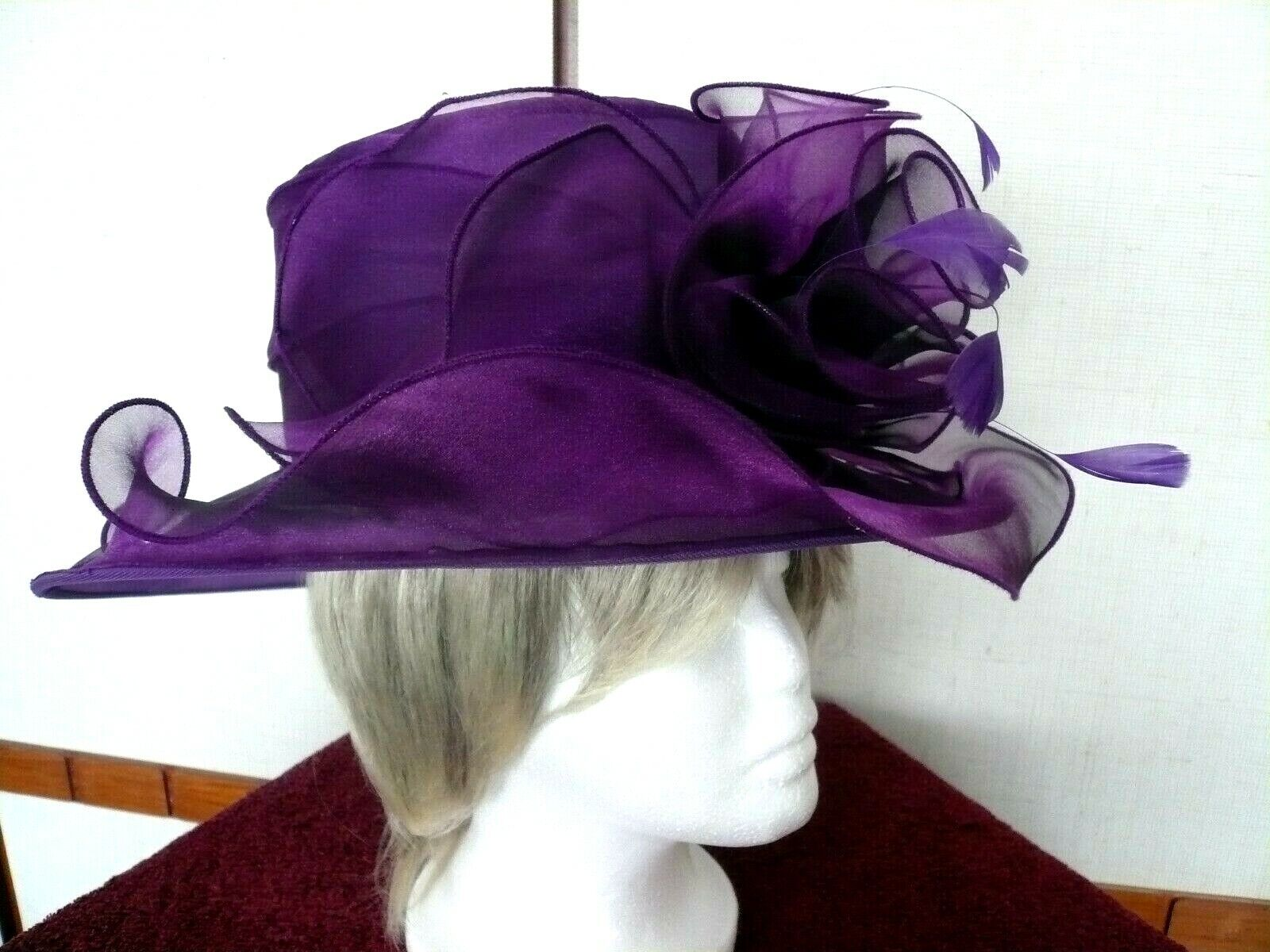 Roman Originals - Formal Hat. Only worn for an indoor photo-shoot. Lovely item!