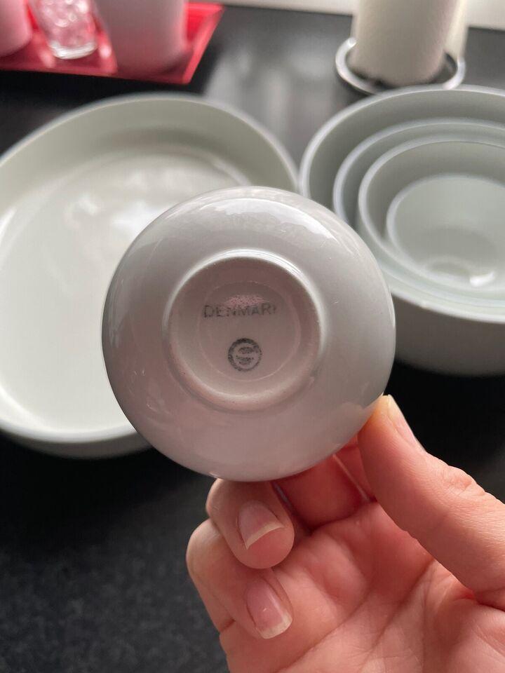 Porcelæn, Skål, Royal copenhagen