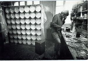 Photo-Leon-Herschtritt-Julio-le-Parc-Atelier-Art-tirage-d-039-epoque-1970