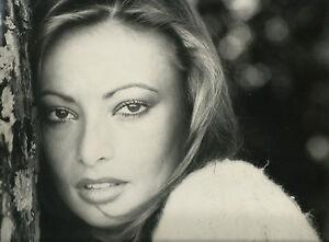 Foto-impresion-vintage-Elena-Isabella-Italia-por-Roberto-Ferrantini-1970-cine