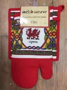 Oven Glove & Pot Holder/ Place Mat, The Welsh Dragon Celtic Weave Design, Cymru