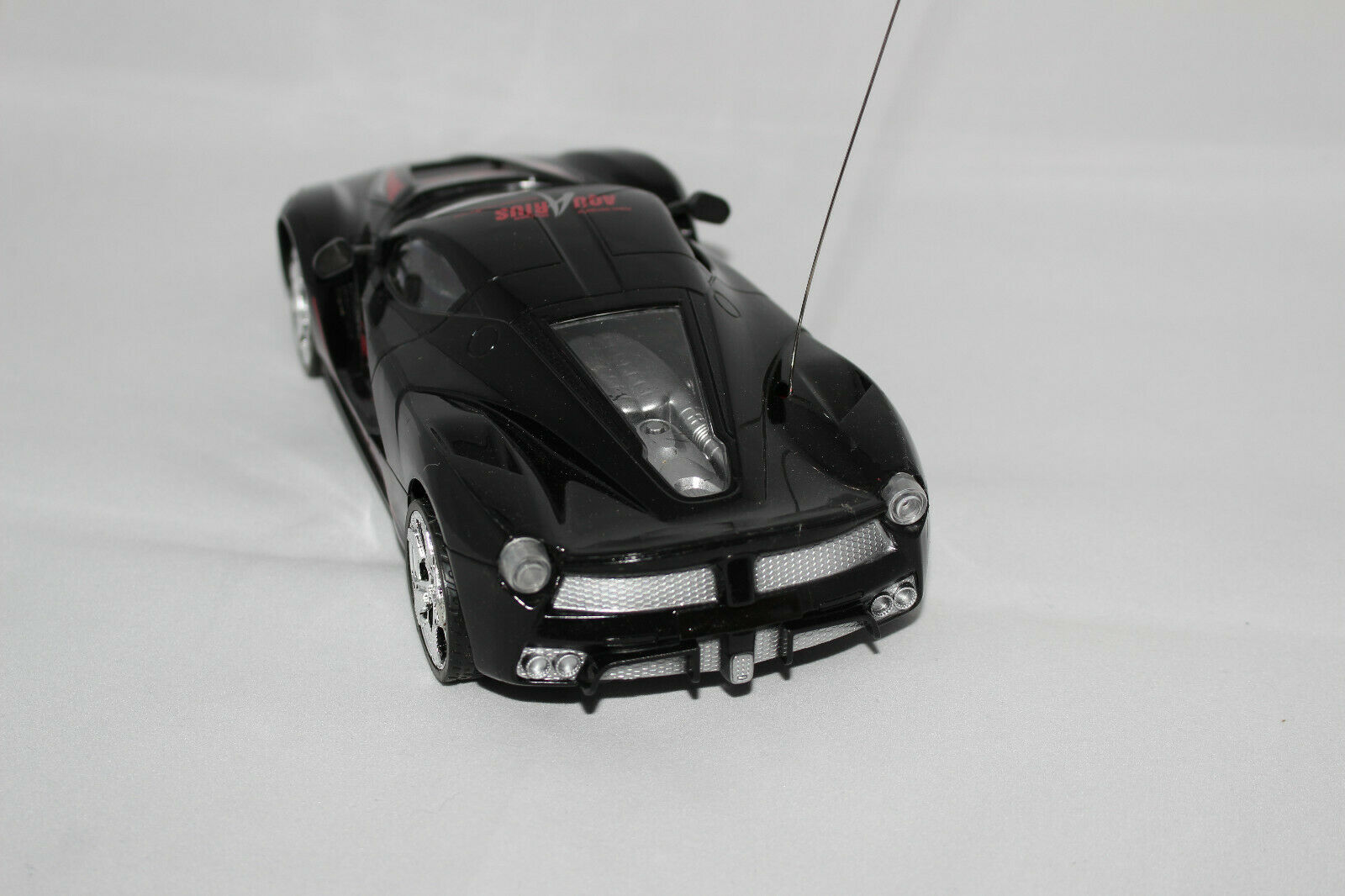 RC Mini Helikopter Revell und RC Auto Auto Auto 1 18 neu Paket 24ff88