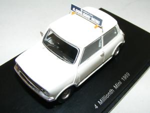 1 43 Spark Minicooper 1969 en biancao 4th millones de coche producido S2655