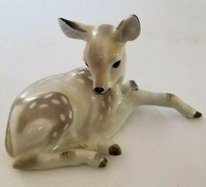 Vintage-Bephakn-Dmitrov-Verbilki-Porcelain-Figurine-Resting-Fawn-Deer-Made-USSR