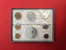 FRANCE 1972 BOITE FLEUR de COINS 1972 de la MONNAIE de PARIS - SCELLES - UNC.