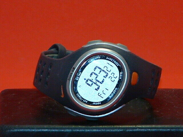 enfermero erosión fecha límite  Pre Owned Nike Triax C8 SM0017 Digital Sports Watch | eBay