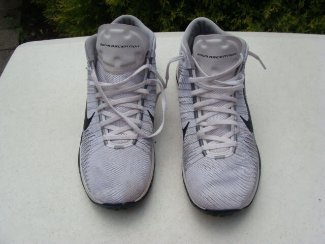 // Mens Nike Zoom Ascention White/Black/Grey Stealth Mens // Sneakers 832234-100 Sz 11.5 377466
