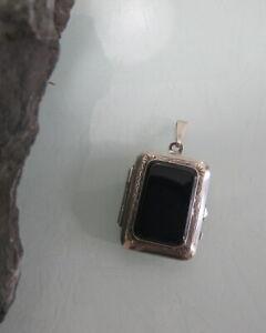 Medaillon-830-Silber-grosser-Onyx-wunderschoen-verziert-710