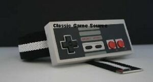 B-amp-W-Belt-amp-Buckle-w-Actual-NES-8-Bit-Nintendo-Controller-w-buttons-that-push