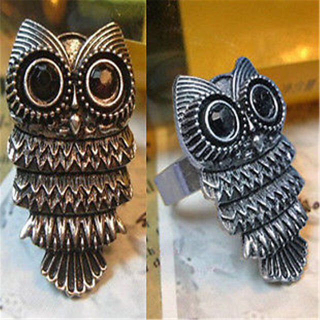 Adjustable vintage antique style owl charm ring