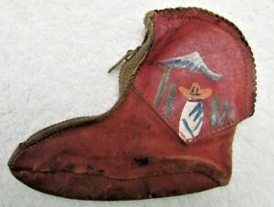 Antique-Mexican-Leather-Boot-Shaped-Coin-Purse-Hand-Painted-Vintage-Mexico