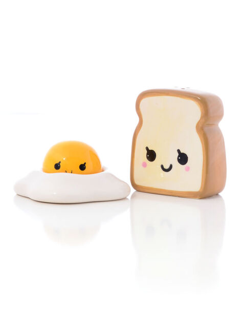 Toast Salt Pepper Shakers In Gift Box