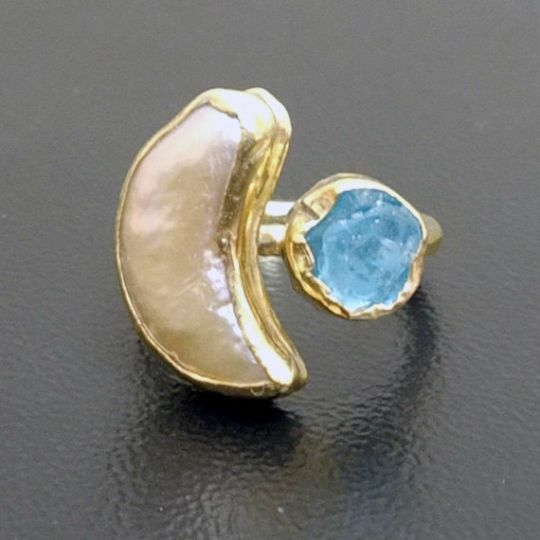 Handmade Hammered Pearl With Rough Apatite Ring Gold over 925 Sterling Silver