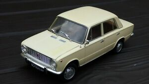 Raro-ist-1-18-1970-Vaz-Lada-ruso-de-2101-Numero-De-Matricula-De-Coche-Modelo-de-juguete