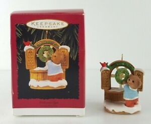 Hallmark-Keepsake-034-Welcome-Sign-034-Ornament-Handcrafted-Dated-1996-Christmas-Gift