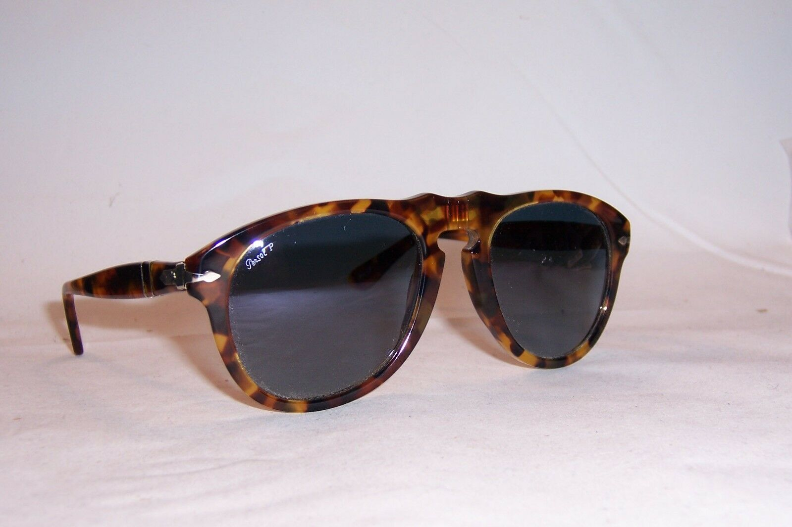 Persol Men/'s PO3235S PO//3235//S 1102//M3 Tortoise Honey Polarized Sunglasses 55mm