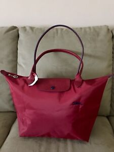 be4b848bd25c Large LONGCHAMP LE CLUB PLIAGE Limited Edition RED With Navy Long ...