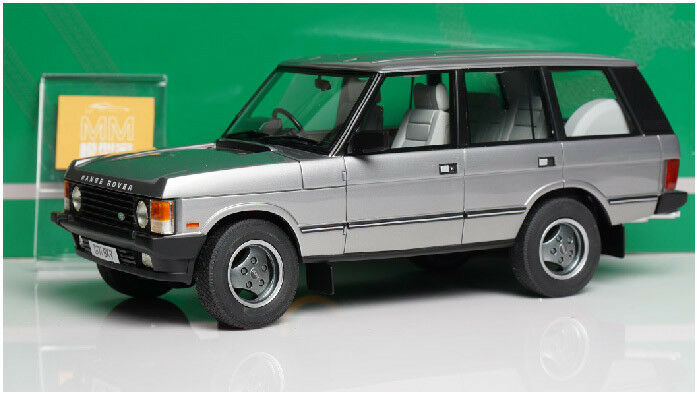 Auto cult 1 18 Land Rover 1990 The First Generation Land Rover Die Cast RARE