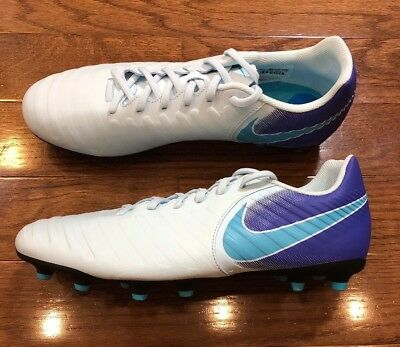 promo code 2b04a 2d7f6 mens nike tiempo soccer cleats