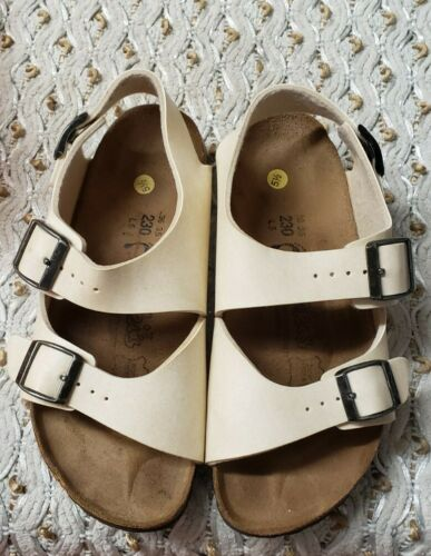 Birkenstock Birki's Womens Milano Buckle Sandals W