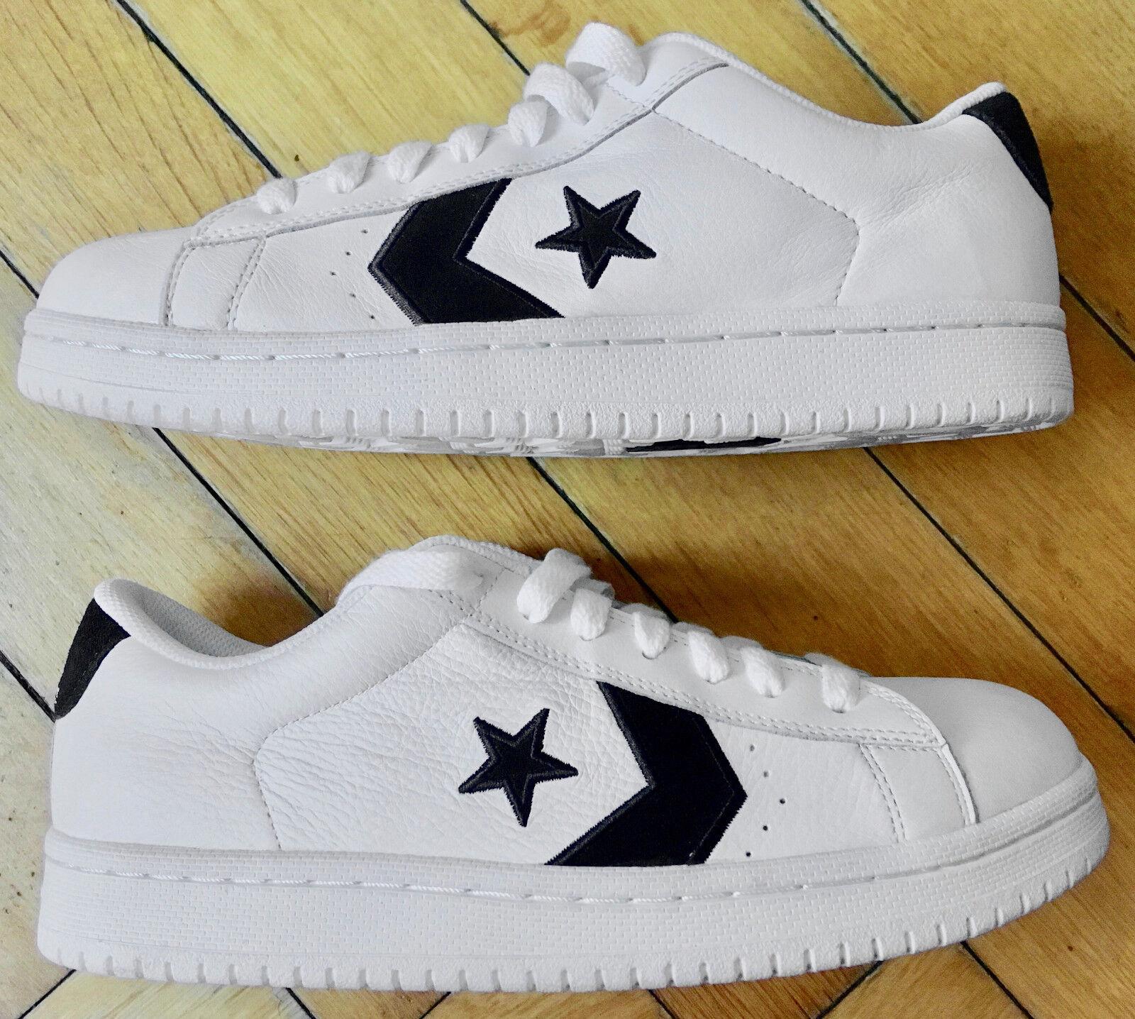 Converse All Star Sneaker Chucks Leder Halbschuhe Gr. 44 Schwarz Weiss NEU & TOP