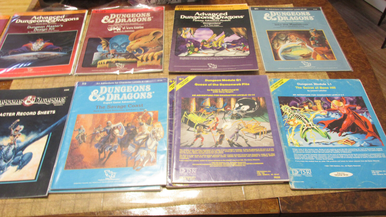 Dungeons & Dragons Classic modules Basic Expert free shipping vintage D&D CM C X