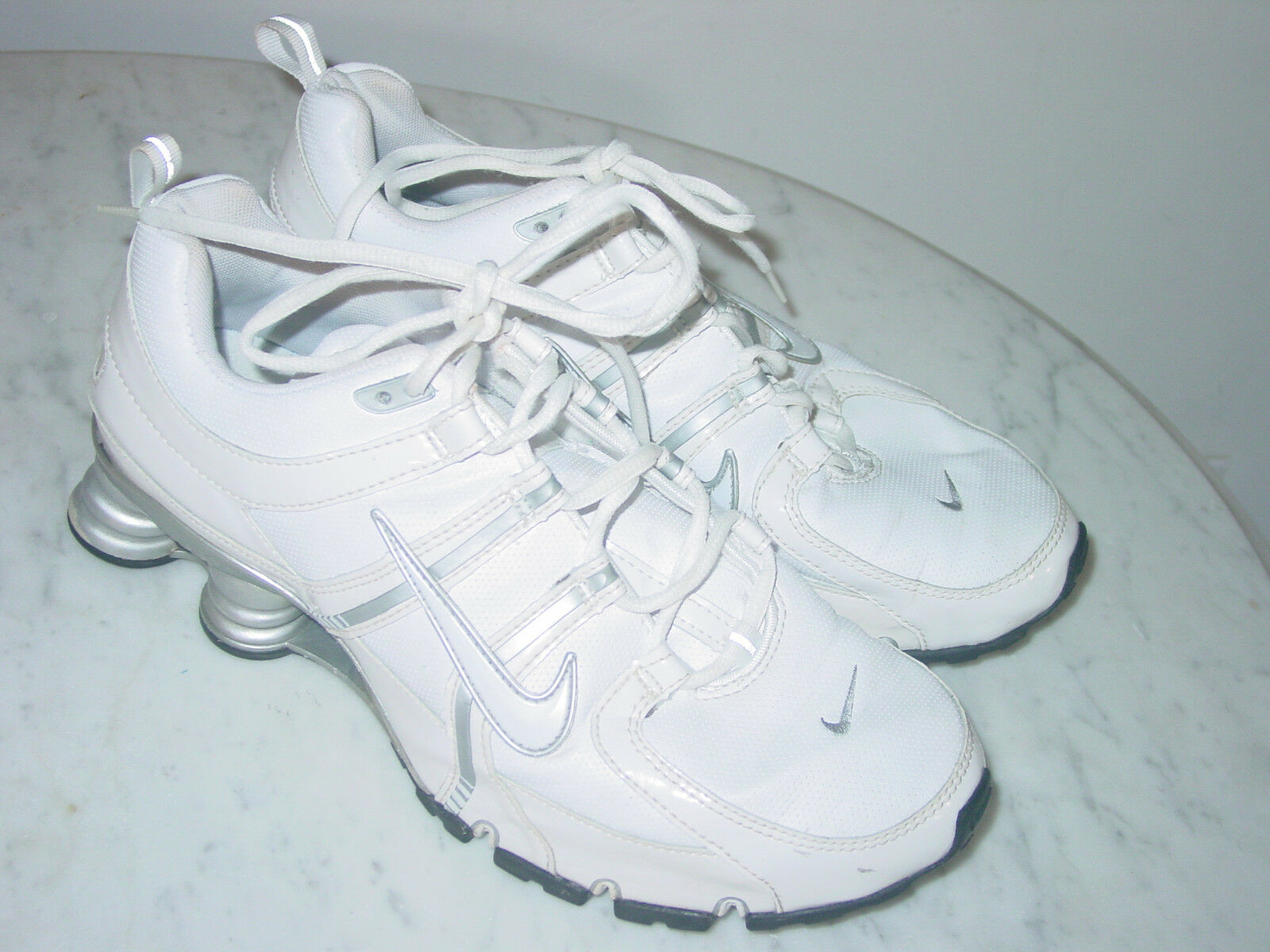 b58657f5f90a1 2007 Mens Nike Shox NZ SL White/Metallic Silver Running Shoes! Size 9  $160.00