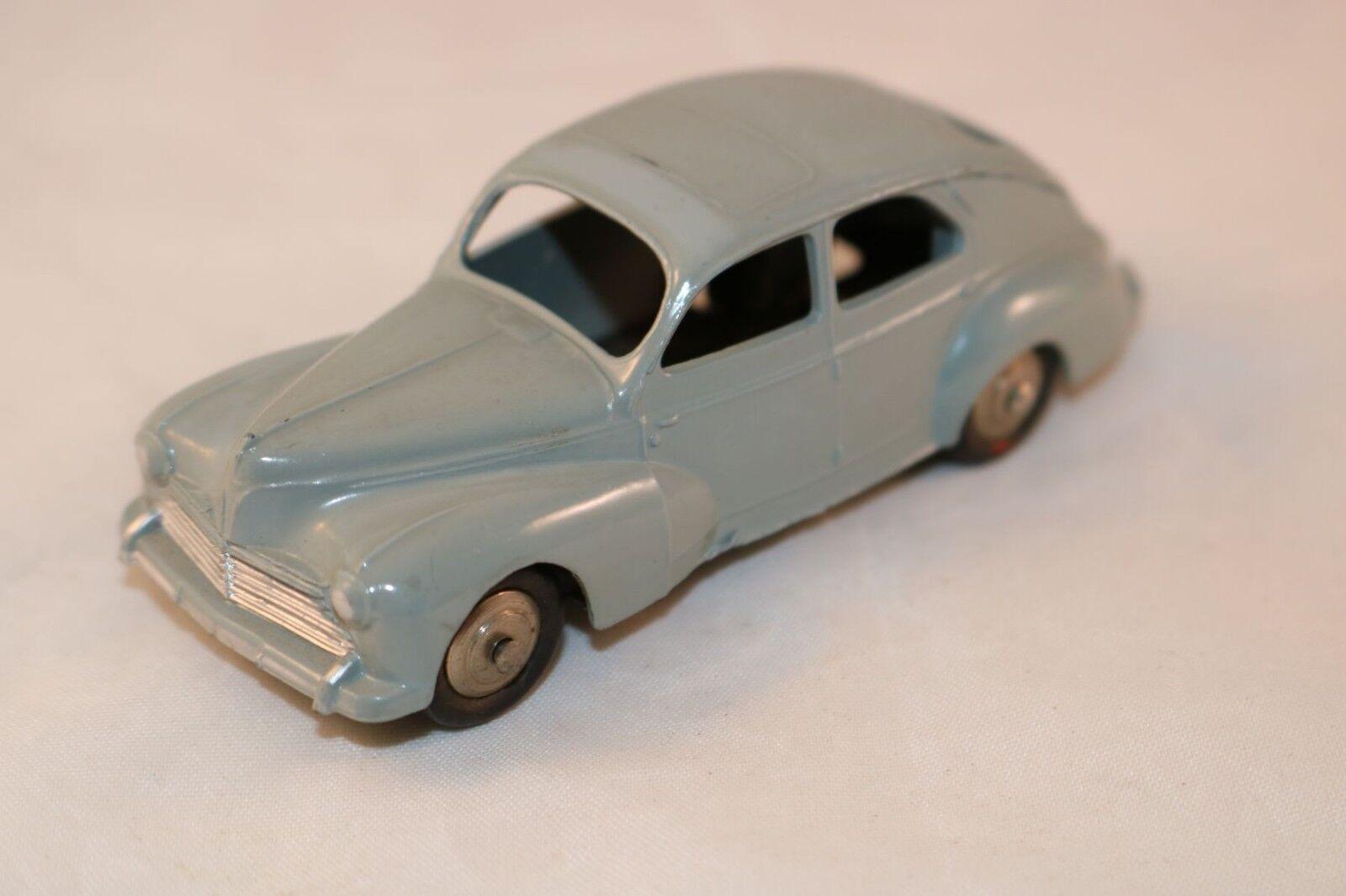 Dinky Toys 24R 24 R Peugeot 203 Gris 99.9% mint all original condition