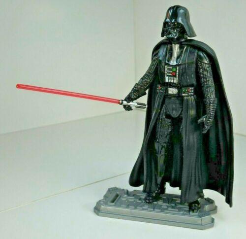 STAR WARS HASBRO Classic Darth Vader /& Red Lightsaber figure Loose NEW!