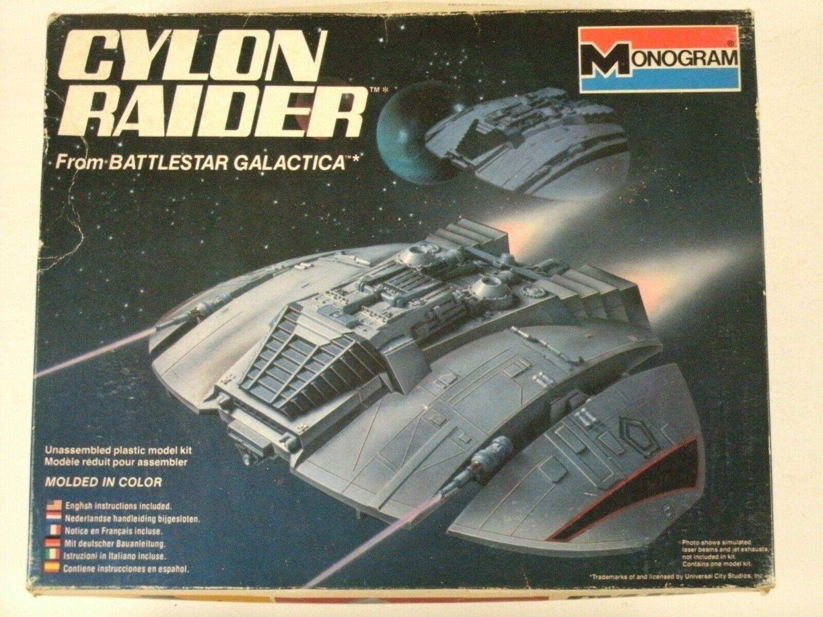 Vintage Monogram Battlestar Galactica Cylon Raider Model kit