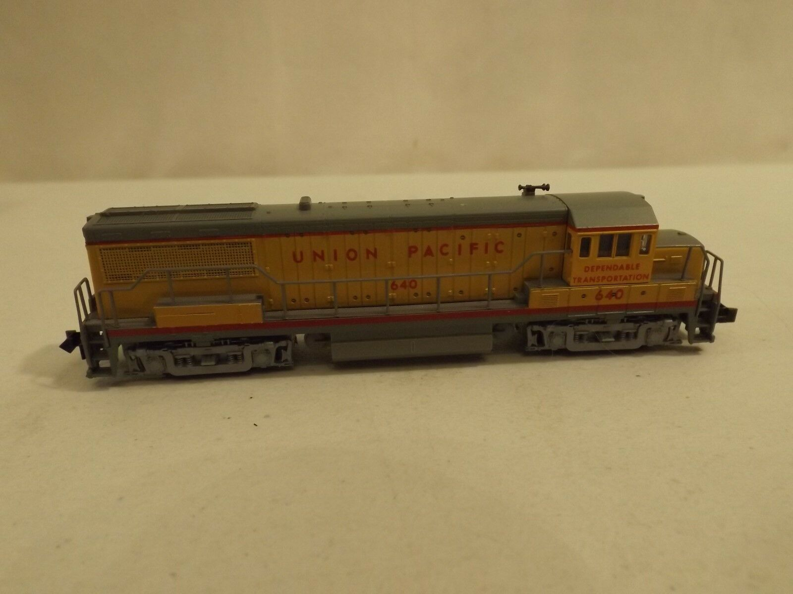 N gauge Atlas Union Pacific U25B diesel engine in original box
