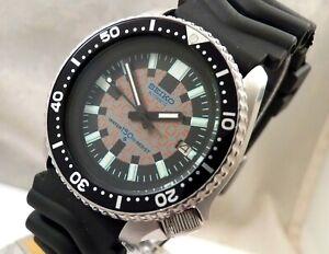 Seiko Black Checkers 3D Matrix 6105 Automatic Scuba Diver Date Watch Custom 7002