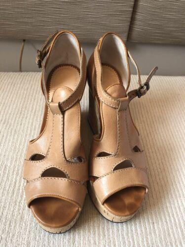 Chloe women's wedge sandals - Tan. Size 38